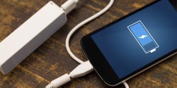 Hangi telefon daha hızlı şarj oluyor